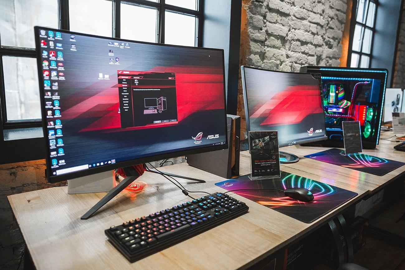 Cine mai cumpara calculatoare in anul 2018?