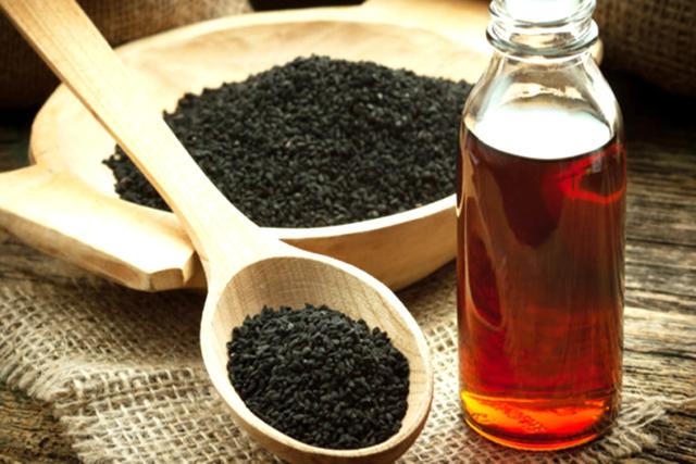 Cum consumam corect ulei si seminte de chimen negru